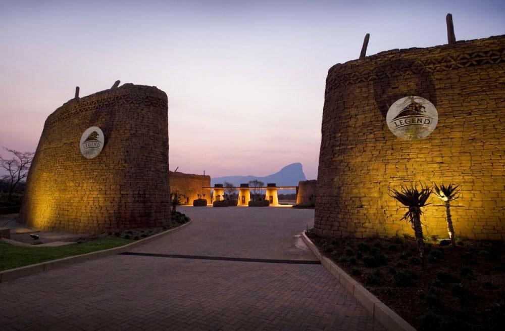 传奇高尔夫游猎度假村大门设计 legend golf and safari resort