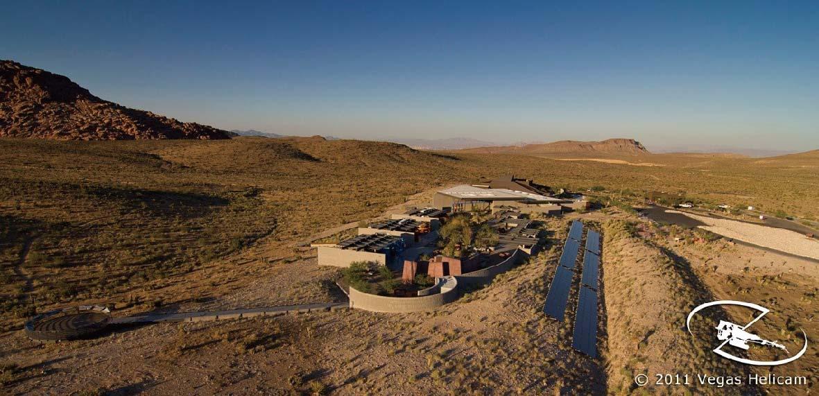 沙漠荒漠环境下的游客中心设计